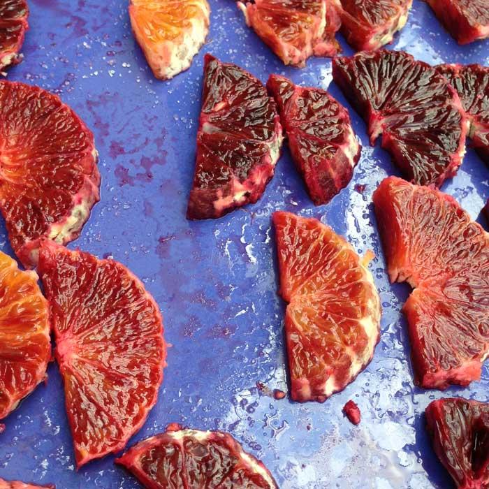 Preparazione arancia al Caffè Cibreo