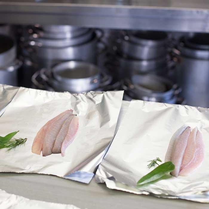 Preparazione del pesce al Ristorante Cibreo di Firenze